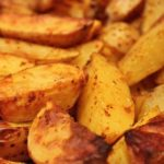Kartoffelspalten und Kartoffelecken